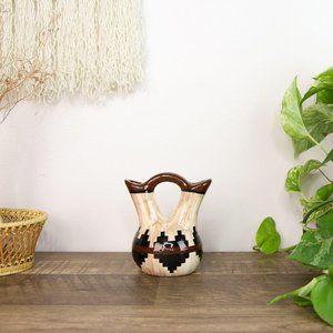 Vintage Southerwestern Vase Boho Bud Tan Brown